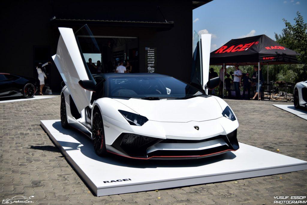 Lamborghini-Aventador-SV-17-of-50-Custom