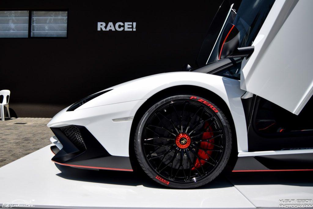 Lamborghini-Aventador-SV-34-of-50-Custom