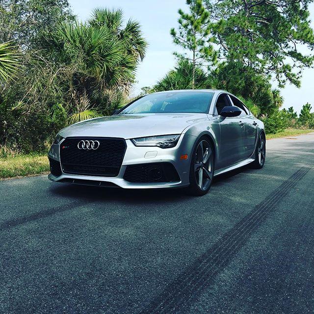 Samcrac's Rebuilds Audi RS7 & Make It Scream W/ ARMYTRIX